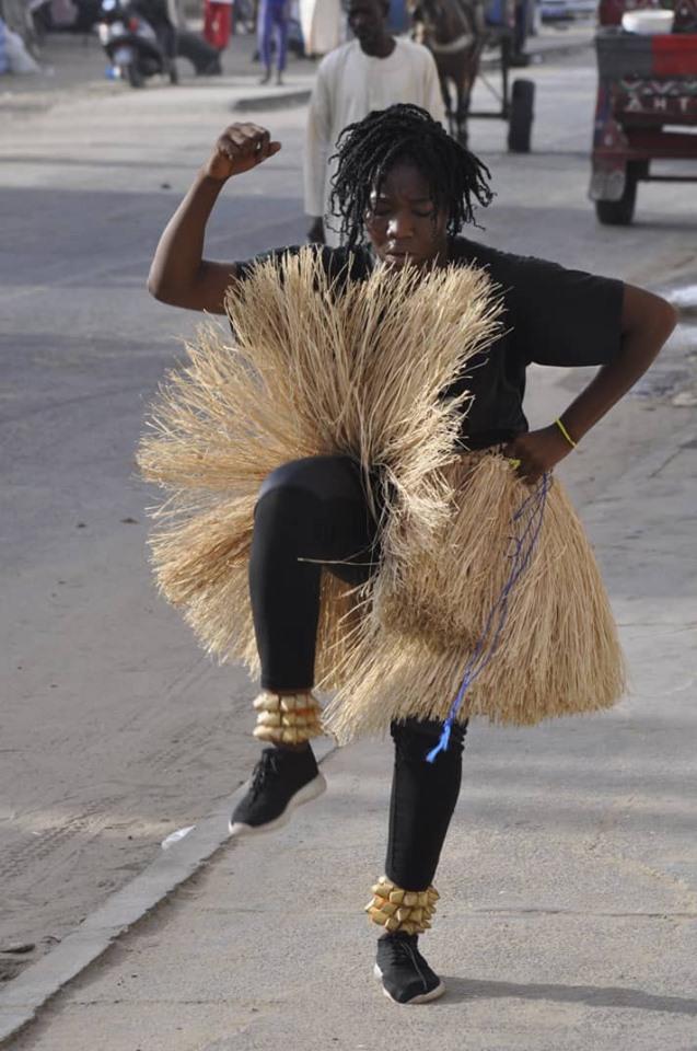 "Atchade Lucrèce Sidoine/Cie Walô ou ""La folle de St-Louis/Sénégal"""